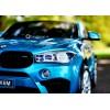 Детский электромобиль BMW X6M JJ2168 (двухместный с резиновыми колесами и кожаным сиденьем)